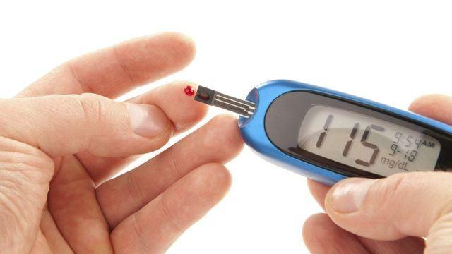 Castilla-La Mancha, primera región en facilitar monitorización gratuita de glucosa