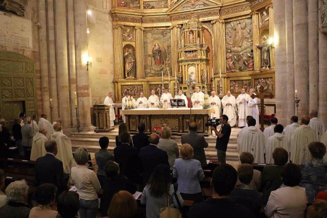 Misa en la Catedral de Sigüenza para celebrar el fin del Año Jubilar - Ayuntamiento - Archivo