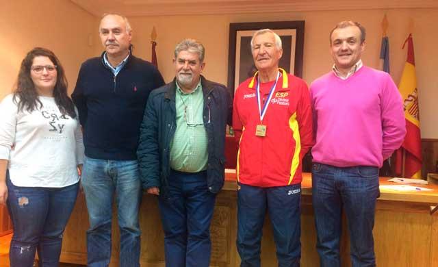 Gran reconocimiento institucional para el atleta Antonio Mohedano