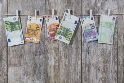 El timo del Nazareno: miles de euros estafados a empresas españolas