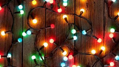 La Navidad disparará la factura eléctrica en más de un 25%