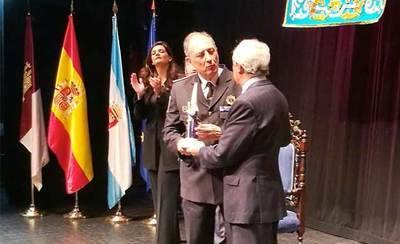 La Policía Local recibe el X Memorial Manuel Fernández