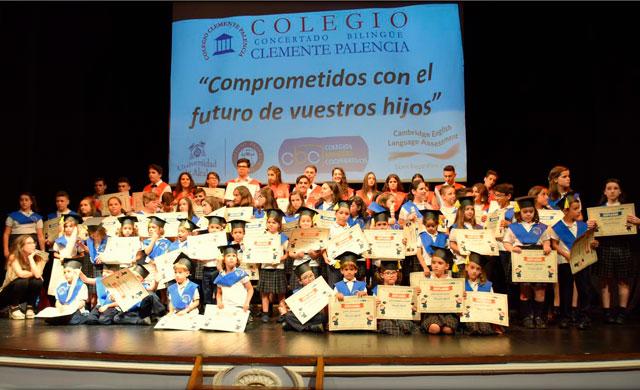 Los alumnos del Clemente Palencia celebran su graduación con un emotivo acto