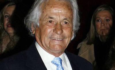 Palomo Linares no ha fallecido aunque está en estado crítico