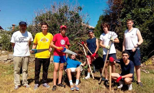 Un grupo de jóvenes talaveranos pasan un verano solidario en Bulgaria