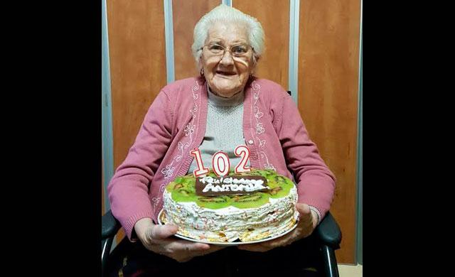 La talaverana Antonia Martín Gómez cumple 102 años llena de energía