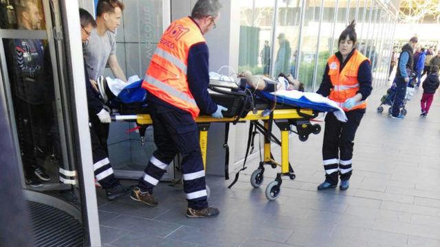 Un futbolista del Albacete Balompié herido al caer desde un tercer piso en Huesca