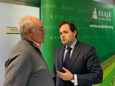 Núñez contesta a las críticas por la ausencia de talaveranos en la lista de CLM