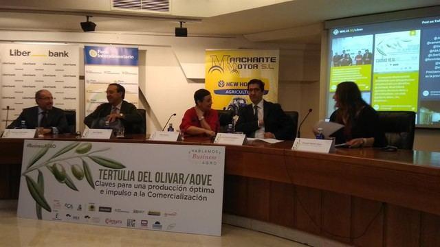 El Ministerio de Agricultura inicia el trámite de la norma de trazabilidad del olivar, según Pedro Barato