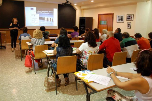 El Instituto de Ciencias de la Salud de Talavera forma a una treintena de pacientes y profesionales en el manejo de la diabetes tipo I