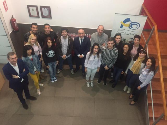 El director provincial de Economía, Empresas y Empleo ha clausurado dos cursos de formación de Garantía Juvenil en Talavera de la Reina