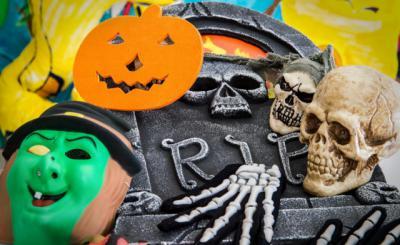 Consumo advierte del peligro de algunos disfraces de Halloween