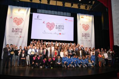 El Gobierno regional entregará 35 premios y distinciones al Mérito Deportivo