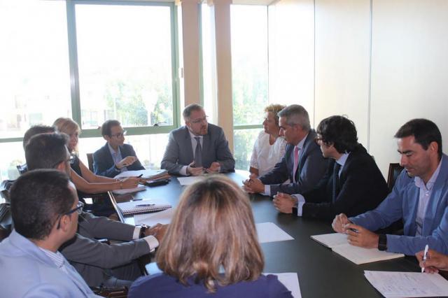 La Junta coordina con Liberbank la canalización de la demanda de vivienda en La Sagra