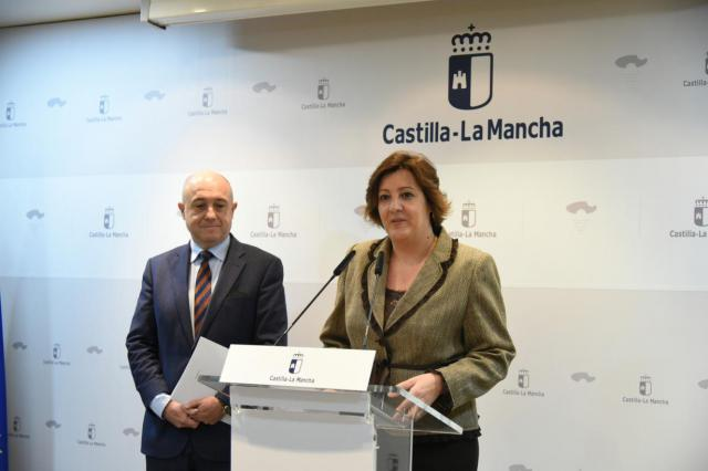 La consejera de Economía, Empresas y Empleo, Patricia Franco, ofrece una rueda de prensa paravalorara los datos del paro