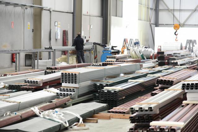 Castilla-La Mancha aumenta su cifra de negocios en Industria y Servicios por encima de la media nacional