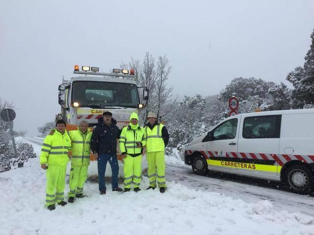 La nieve nieve obliga a actuar en cerca de 600 kilómetros de la zona centro de la provincia y en la comarca de Talavera
