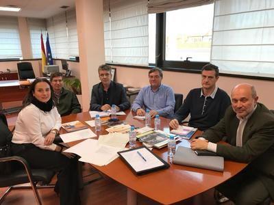 Castilla-La Mancha brinda su colaboración en prevención de riesgos y en formación laboral