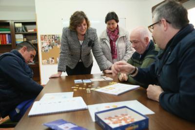 La consejera de Economía, Empresas y Empleo, Patricia Franco, en APANAS, Toledo