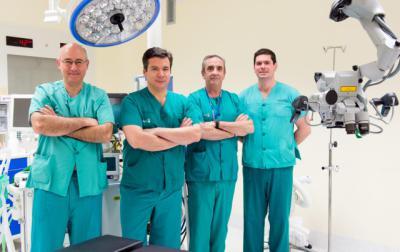 Se llevarán a cabo demostraciones de intervenciones microquirúrgicas que los alumnos podrán visualizar en 3D