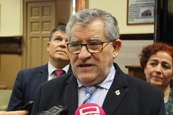 El Gobierno regional valorará el nuevo Plan Estratégico de la UCLM una vez el Consejo Social lo tome en consideración y reitera su apuesta por las titulaciones de 2010