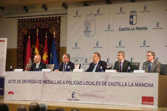 La Junta agradece a las Fuerzas y Cuerpos de Seguridad del Estado su labor para lograr derrotar a ETA