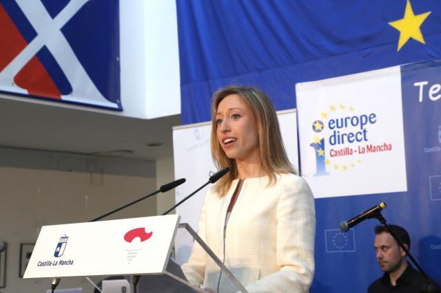Convocan becas para la formación de especialistas en asuntos relacionados con la Unión Europea