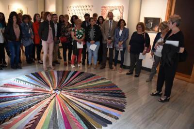 El Centro Cultural 'Rafael Morales' acoge la exposición 'Mujeres en el arte'