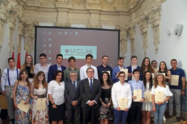 La Junta felicicta al alumnado que ha obtenido las calificaciones más brillantes en la EvAU
