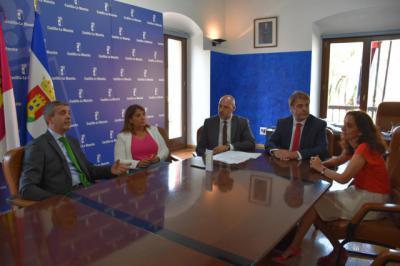 Junta y Diputación aunan esfuerzos para reducir la brecha digital en la comarca de Talavera