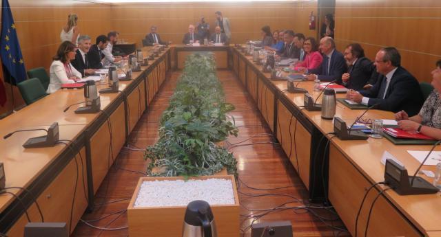 Clm se coordina con el ministerio del interior en la for Director de seguridad ministerio del interior