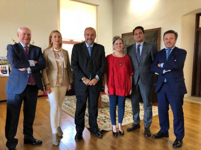 La Junta aclara con el Colegio de Abogados las 'discrepancias' sobre el servicio CONTIGO