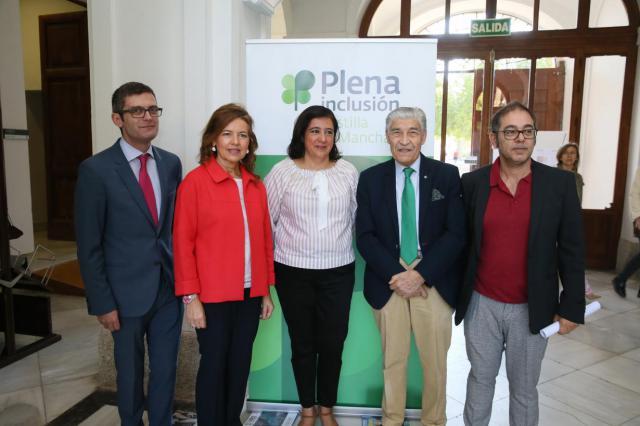 CLM renueva el convenio con Plena Inclusión para que personas con discapacidad intelectual realicen prácticas prelaborales