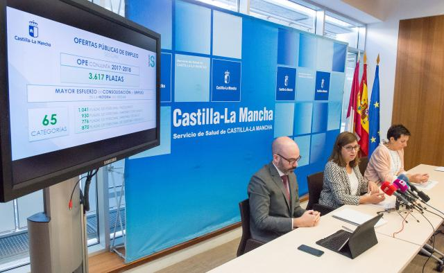 """El SESCAM ve """"imposible"""" celebrar las oposiciones antes de las elecciones"""