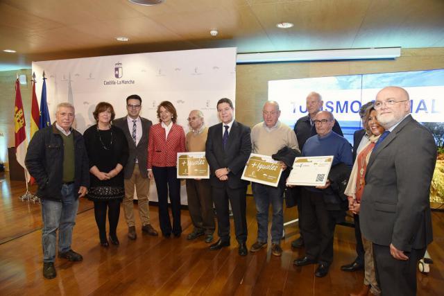 CLM pondrá en marcha la 'Tarjeta Verde' de transporte para personas con discapacidad