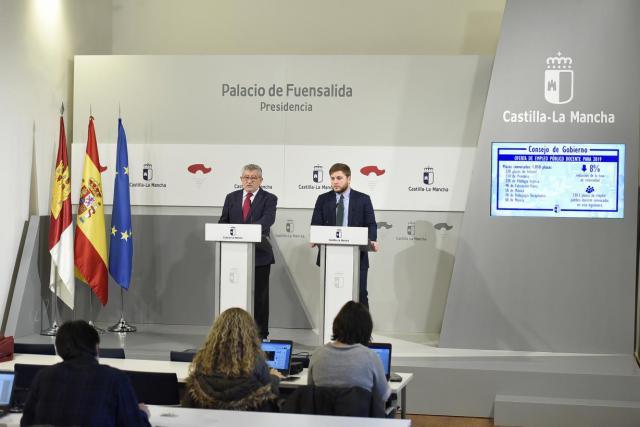 CLM aprueba la distribución de las 1.050 plazas de empleo público docente para febrero
