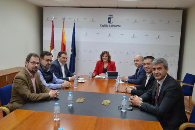 El Gobierno regional aprobará ayudas a los ayuntamientos del Plan de Empleo ante la subida del SMI