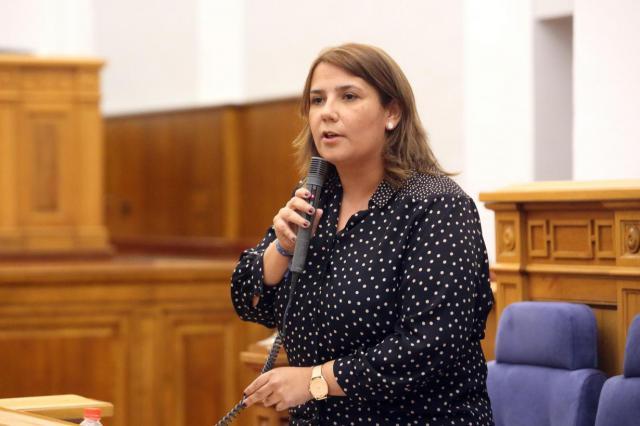 Tita, el abono transporte Talavera-Madrid y el 'zasca' a Carolina Agudo