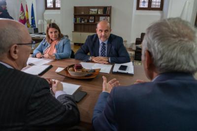 CLM insiste en la necesidad de cambios en la financiación para garantizar los servicios en el medio rural