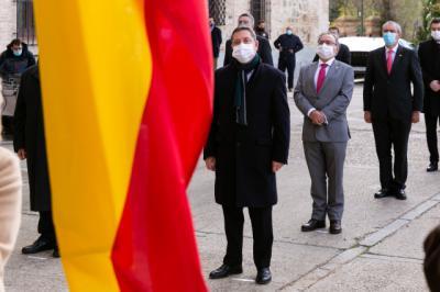 ESPAÑA   Page ve en la Constitución una invitación a seguir acordando contra extremismos y frentismos