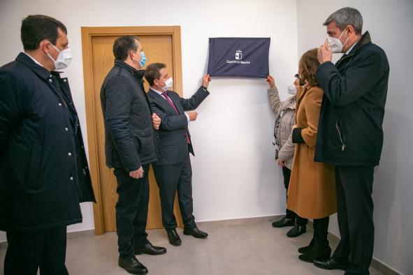 CALERA Y CHOZAS | García-Page inaugura dos viviendas tuteladas para personas con discapacidad