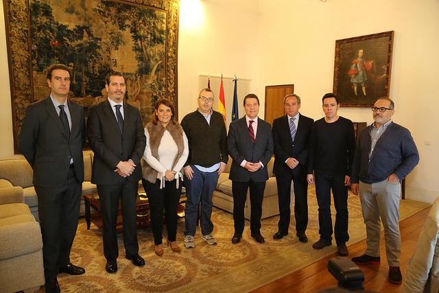 La Junta, sindicatos y FEDETO reclaman al Gobierno central que el Pacto Social por el Ferrocarril sea