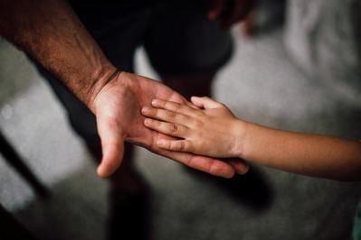 Los padres acusados de maltrato ya no podrán visitar a sus hijos