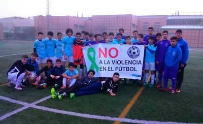 Los equipos cadetes Sport City y E.F. Patrocinio, juntos contra la violencia