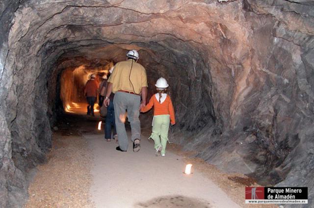 Once mineros se encerrarán en las minas de Almadén
