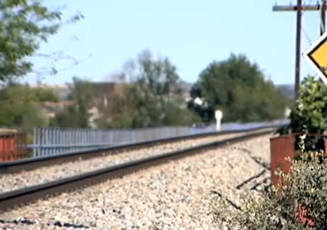 El Ayuntamiento de Pepino pide a Fomento el vallado del tramo de vía férrea donde murió un menor