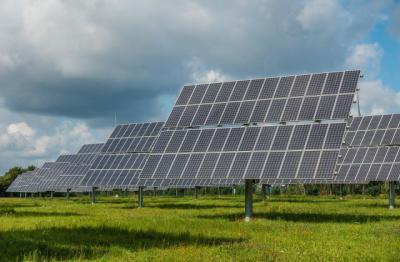EN PUEBLOS DE TOLEDO   Luz verde a tres plantas fotovoltaicas y una instalación turística