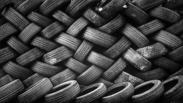 Detenido por estafar 10.800 euros en la compra de unos neumáticos