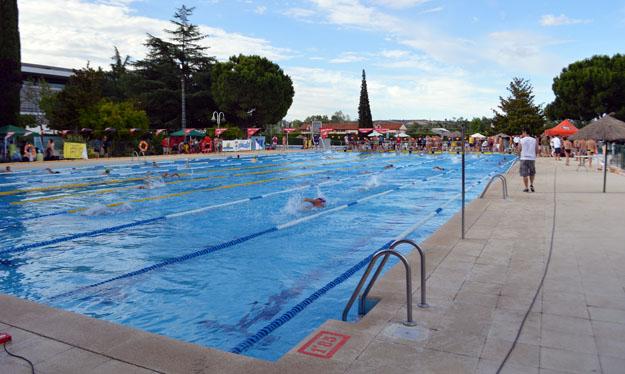este viernes abren tres piscinas municipales de talavera