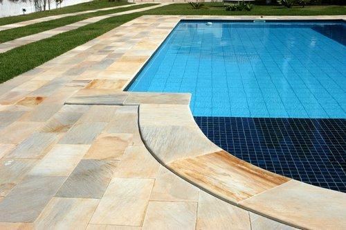 Los pisos con piscina en Castilla-La Mancha tienen un sobreprecio del 15%